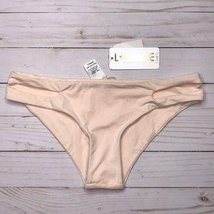 NWT L*space bathing suit bottoms. Size S